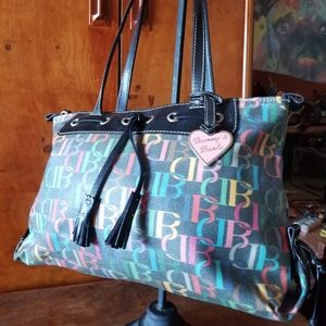 DOONEY ALL WEATHER inside and out REMOVABLE POUCH